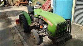 Trator Agrale 4230 4x2 ano 02