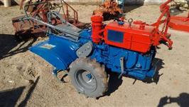 Mini/Micro Trator Tobata 10 cv 4x2 ano 88