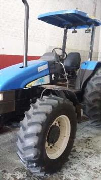 Trator New Holland TL 95 E 4x4 ano 09