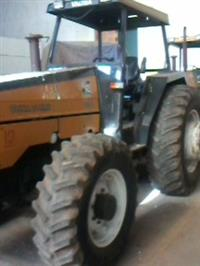 Trator Valtra/Valmet 985 4x4 ano 02