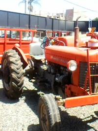 Trator Massey Ferguson 50 X 4x2 ano 68