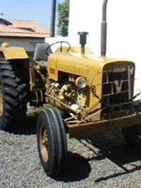 Trator Valtra/Valmet 65 ID 4x2 ano 78
