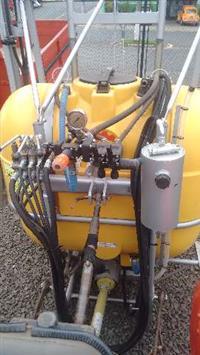 Pulverizador KO 600 litros Barra 12 mts