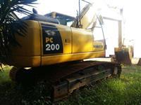 Escavadeira Komatsu PC200 ano 2009