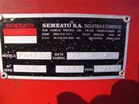 Plantadeira Semeato PAR 2800 07 linhas