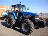 Trator Ford/New Holland TM 7040 4x4 ano 12