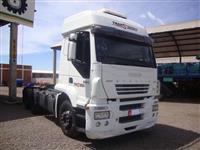 Caminhão Iveco Stralis NR 570S38T 6x2 ano 06