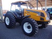 Trator Valtra/Valmet VALTRA BM 125 4x4 ano 08