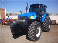 Trator New Holland TM 7010 4x4 ano 10