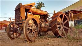 Trator Antigo Fordson 1923 - Roda de Ferro