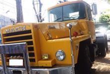 Caminhão Outros  MACK DM-800  ano 70