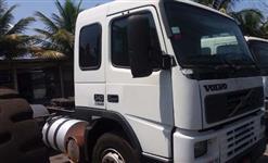 Caminhão  Volvo FM12 340  ano 01