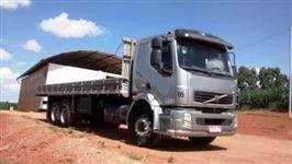 Caminhão Volvo VM260 6X2 ano 10