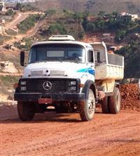 Caminhão Mercedes Benz (MB) L1520 ano 90