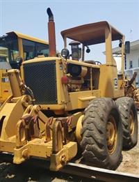 Motoniveladora Caterpillar 140B Ano: 1987