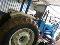 Trator Ford/New Holland 6600 4x2 ano 81