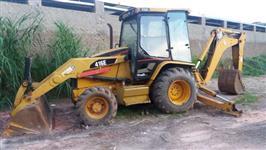 RETROESCAVADEIRA CAT, MODELO 416D 4X4, ANO DE FABRICAÇÃO 2004, REVISADA RECENTEMENTE