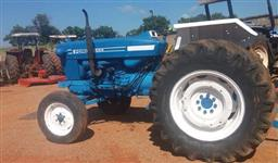 Trator Ford/New Holland 6600 4x2 ano 86