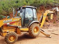 CASE 580N 4X4 2012 - EQUIPAMENTO SEMI NOVO, COM 3.279HS TRABALHADAS, CABINE COM AR CONDICIONADO