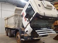 Caminhão Scania P124 420 6X4 ano 09