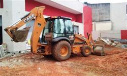 CASE 580N 4X4 2013 - EQUIPAMENTO DE ÚN DONO, NF DE ORIGEM, CABINE FECHADA COM AR CONDICIONADO,4.400H