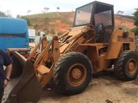Pá Carregadeira 936L ANO: 2012
