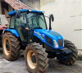 Trator Ford/New Holland TL85E 4x4 ano 13
