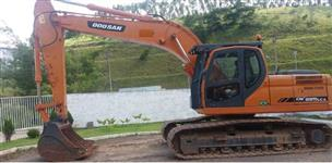 ESCAVADEIRA DOOSAN, DX225 LC, ANO 2011