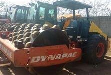ROLO COMPACTADOR DYNAPAC, MODELO CA250PD, ANO 2010, COM APENAS 3173 HORAS TRABALHADAS