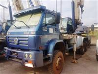 GUINDASTE MADAL, MODELO MD300, ANO DE FABRICAÇÃO 2005, MONTADO SOB CHASSIS VW 31.310 6X4 TITAN 2005,