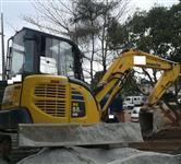 MINI ESCAVADEIRA KOMATSU PC55 MR-3 ANO 2012, DE ÚNICO DONO, TOTALMENTE OPERACIONAL, NF DE ORIGEM