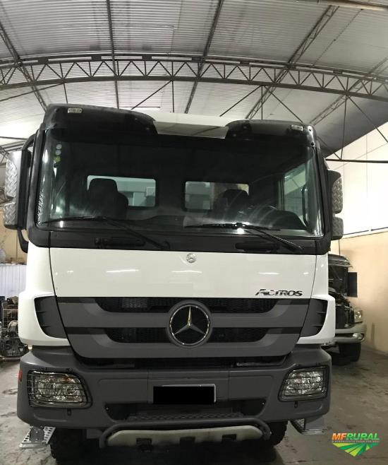 Caminhão Mercedes Benz (MB) ACTROS 4844 8X4 ano 13