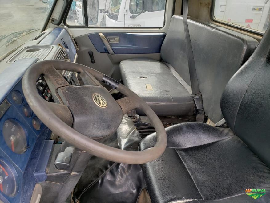 Caminhão Volkswagen (VW) WORKER 23.250 6X2 ano 05