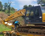 ESCAVADEIRA HYUNDAI R210 ANO 2011, TOTALMENTE OPERACIONAL, TRABALHANDO NORMALMENTE!!!!