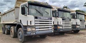 Caminhão Scania P124-400 8X4 ano 04