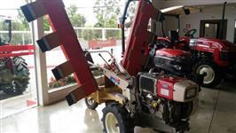 Mini/Micro Trator TC 12 Yanmar Agritech 4x2 ano 15 com implemento para rodar café no terreiro