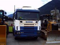 Caminhão  Scania R 420  ano 00