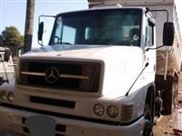 Caminhão Mercedes Benz (MB) L 1620 6x2 ano 09