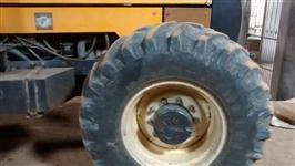 Mini/Micro Trator TOBATA  COM ENXADA ROTATIVA  REVISADO EM AUTORISADA COM GARANTIA 4x2 ano