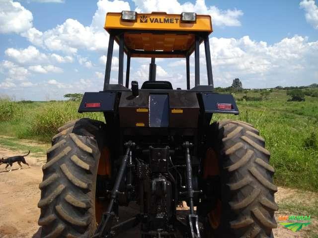 Trator Valtra/Valmet 1280 R 4x4 ano 91