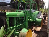 Trator John Deere 6600 4x4 ano 02
