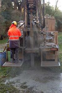 Serviços de perfuração de poços artesianos, semiartesiano e minipoços no Sul de Minas