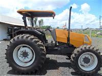 Trator Valtra/Valmet A750 4x4 ano 14