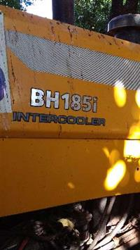 Trator Valtra/Valmet BH185i 4x4 ano 09