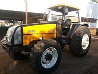 Trator Valtra/Valmet 1180/4 cab 4x4 ano 03
