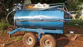 TANQUE DE ÁGUA COM BOMBA OU MOTOR ACTON CAPACIDADE 4,000 LTS ANO 2007, 4 RODAS