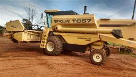 COLHETADEIRA AGRÍCOLA NEW HOLLAND TC57 HIDRO PLUS 4WD ANO 2003 4X4