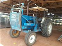 Trator Ford 6600 4x2 ano 89