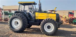 Trator Valtra/Valmet 1580 (Turbo)  4x4 ano 06