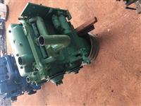 Motor Mercedes 608